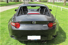 MX-5 RF Limited Automatic Jet Black Mica 16